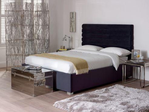 BYRON VELVET BED