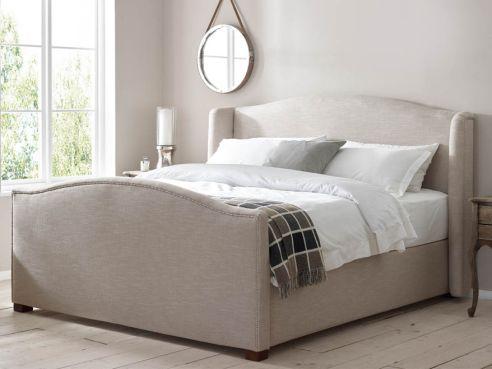 Harper Studded Bed
