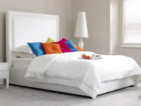 Lewis Plain Bed